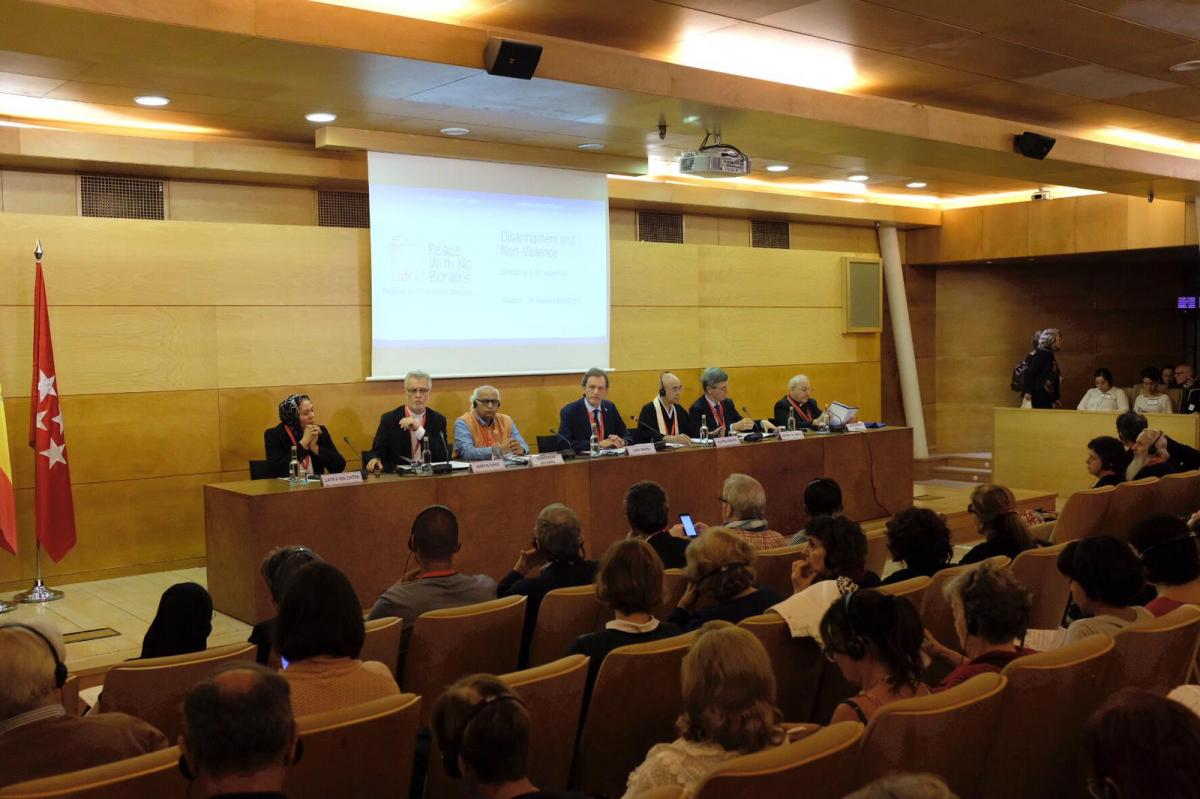 (Madrid) Panel 3 - Disarmo e non-violenza