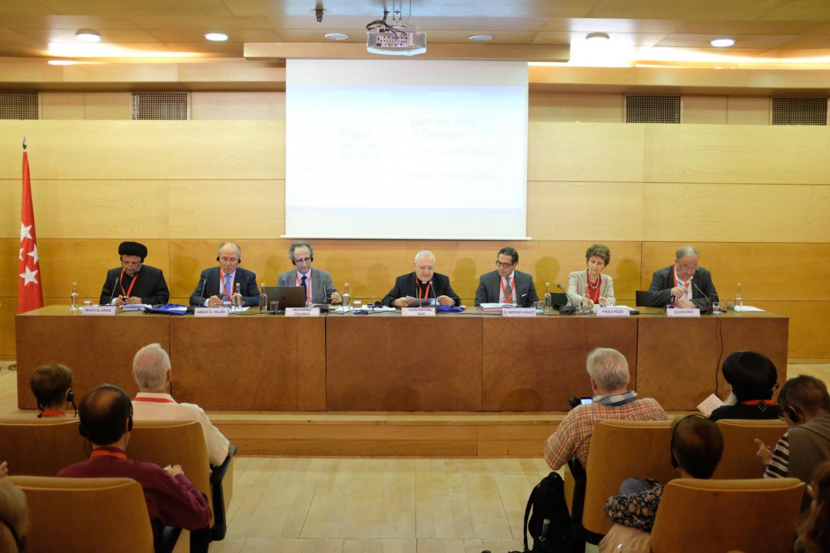 (Madrid) Panel 12 -  Oriente e Occidente in dialogo